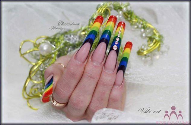 Mai kedvenc #szivárvány #köröm #nailart #rainbow