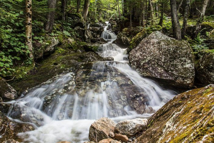 Everyone In New Hampshire Must Visit This Epic Waterfall
