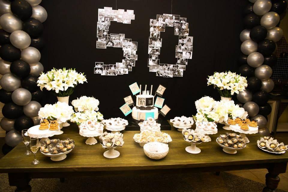 Mesa Do Bolo 50th Masculino Festa De Aniversário De 50
