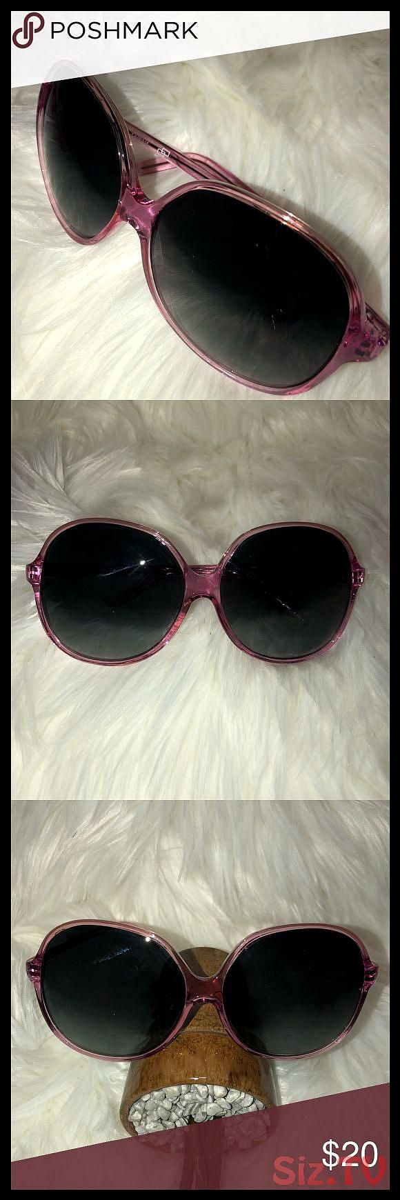 Pretty in Pink Sunglasses Super pink 038 pretty Sunglasses Not sure of maker but purchased from the estate of a super stylish classy 038 wealthy shopahPretty in Pink Sung...