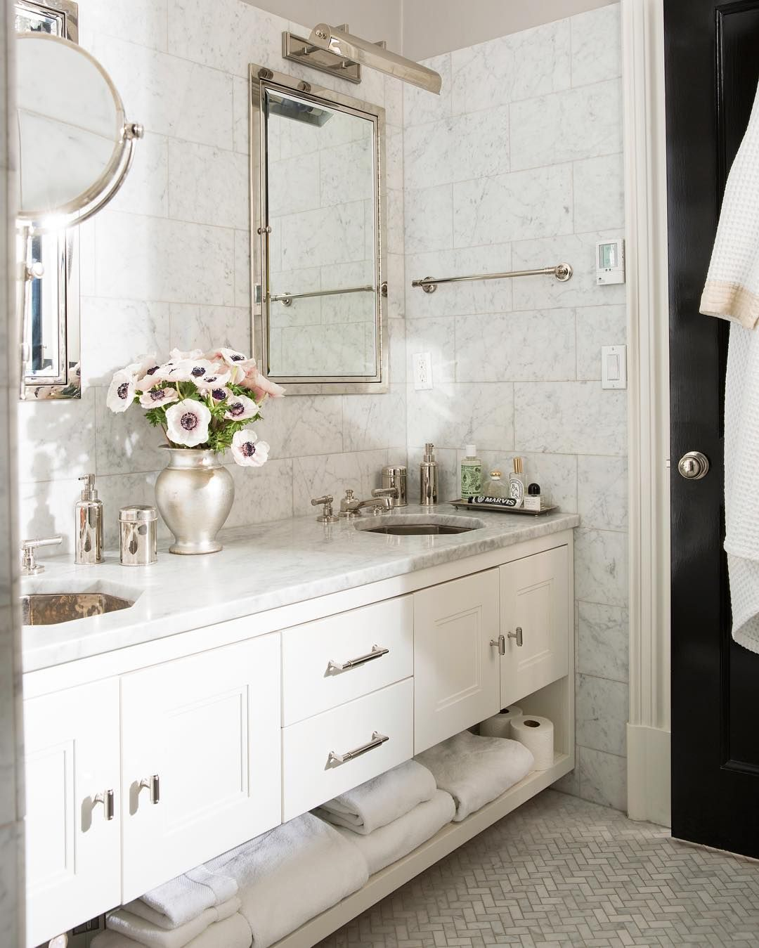 Glamorous Bathrooms Glamorous Gray And White Marble Master Bathroom With Satin Nickel