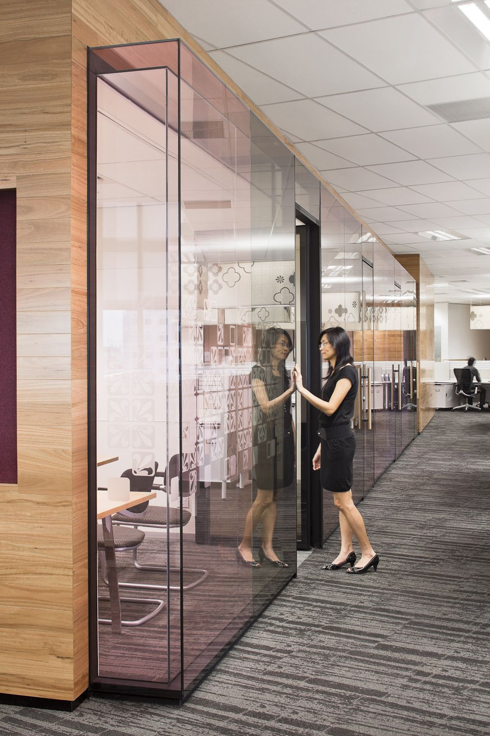 American express singapore workspaces that inspire for Oficinas de american express