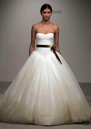 I have to have a Vera Wang Wedding Dress for my wedding   I DO ...