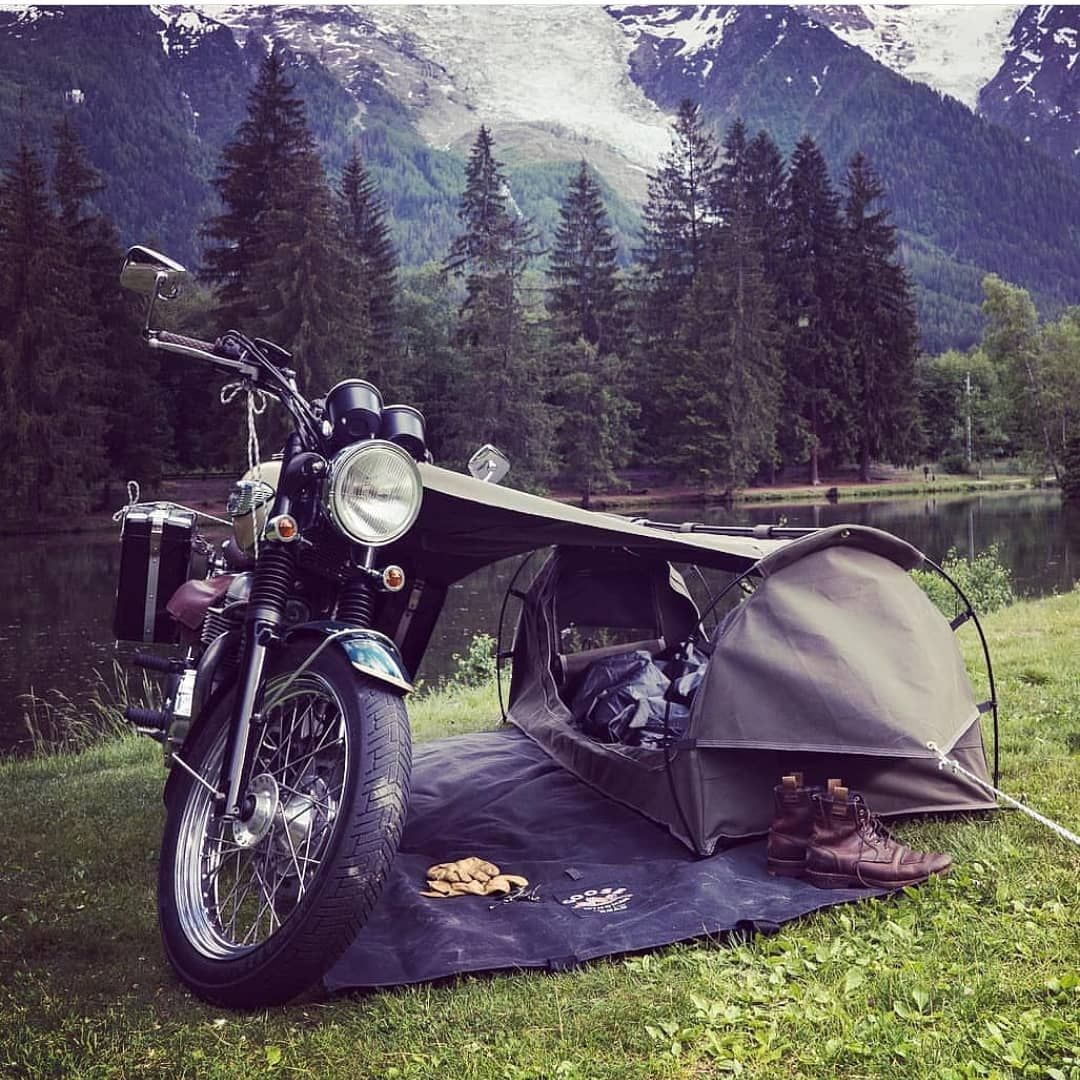 Weekend Vibes Via Wingmanoftheroad Follow Us Gentlebikers For The Best Bikes Con Imagenes Aventura En Moto Viajes En Motocicleta Motos Deportivas Personalizadas