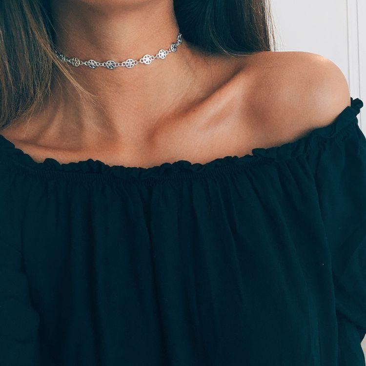 MJartoria Black Velvet Gold Bar Pendant Chain Double Layered Choker Necklace