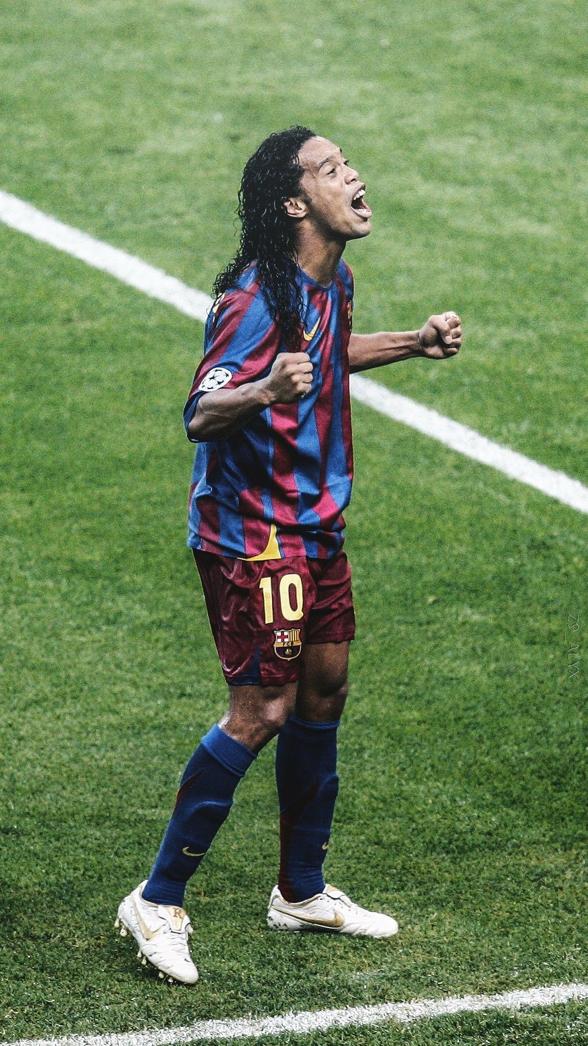 Ronaldinho | Ronaldo football, Brazil football team, Barcelona football