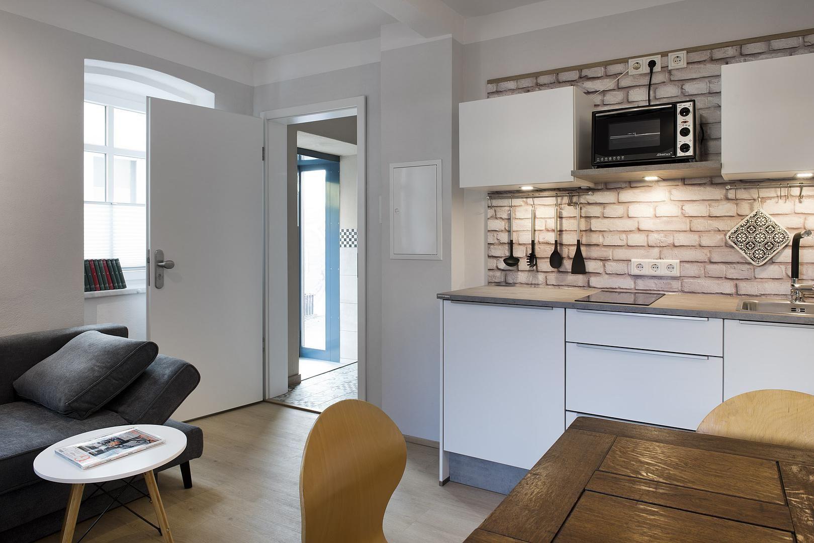 Moderne Wohnkuche Sanierung Mehrfamilienhaus Zu Mikroapartments Familien Haus Sanierung Haus