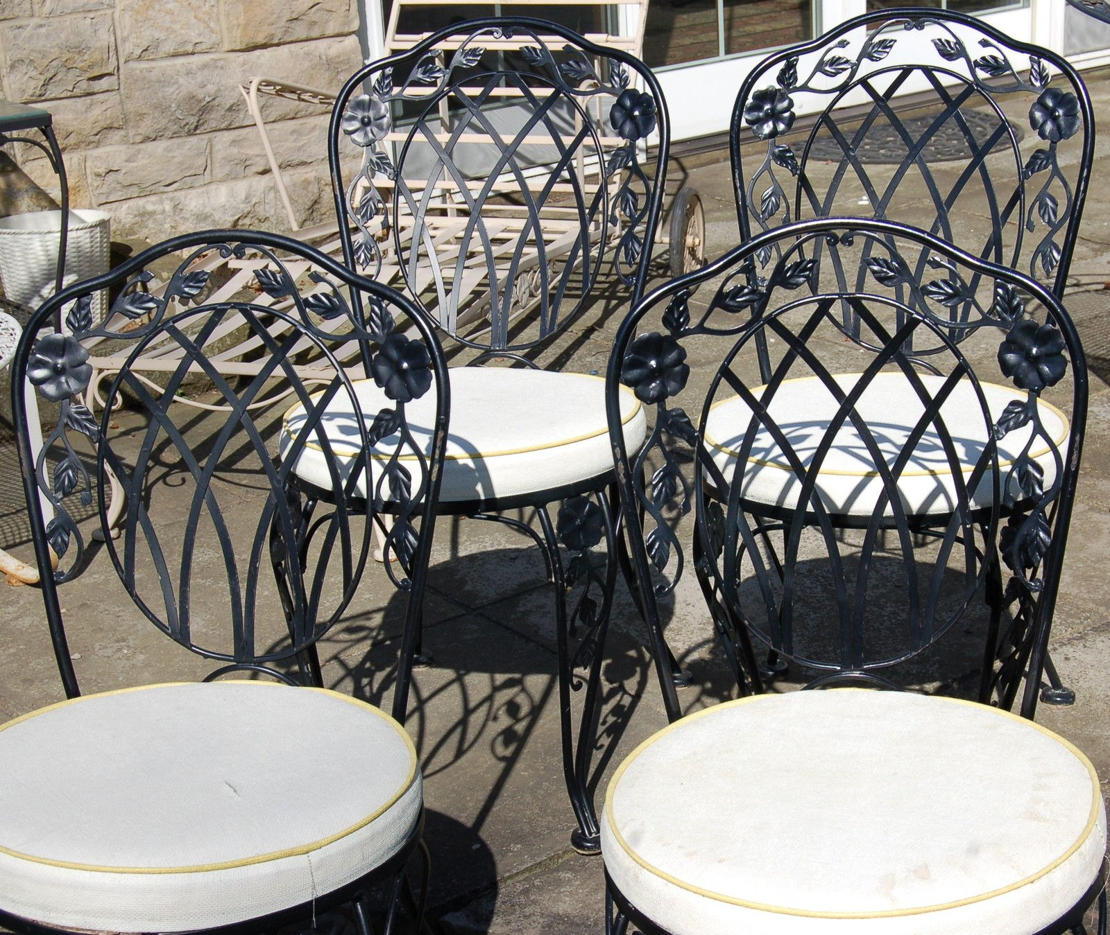 Elegant Cast Iron Patio Furniture