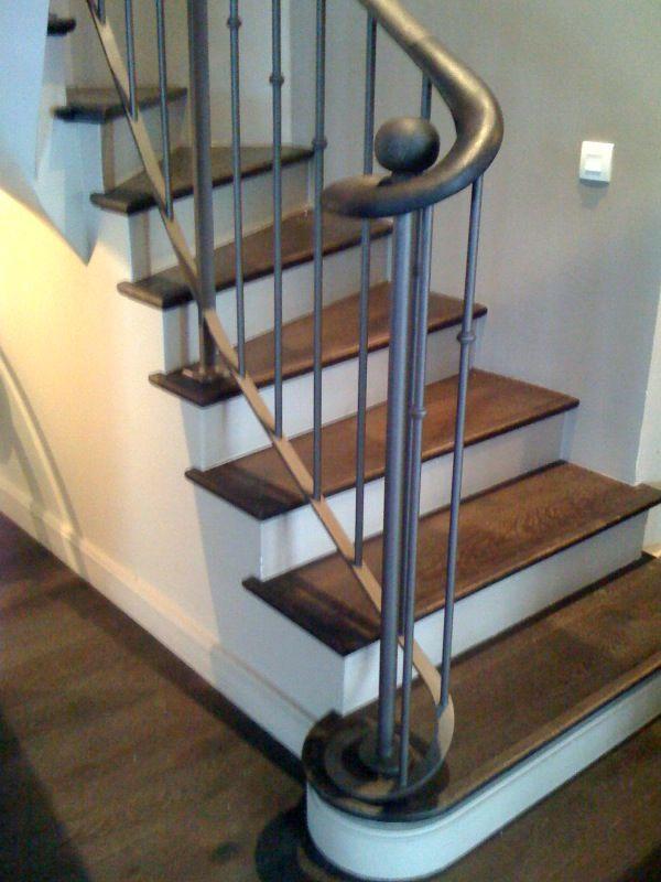 escalier ancien bois recherche google deco pinterest staircases stairways and hall. Black Bedroom Furniture Sets. Home Design Ideas