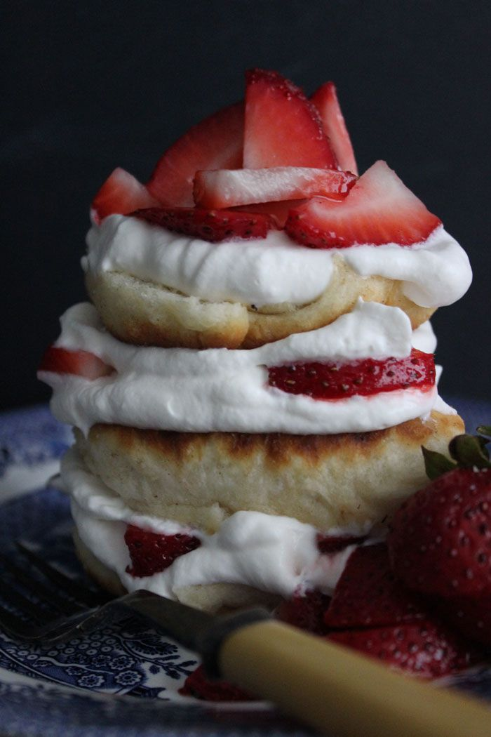Poppytalk: Mid-Summer Strawberry Bannock Shortcake
