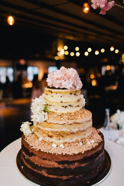 A Momou Milk Bar Wedding Cake Diffe Flavor For Each Tier Joseph Lin Photography