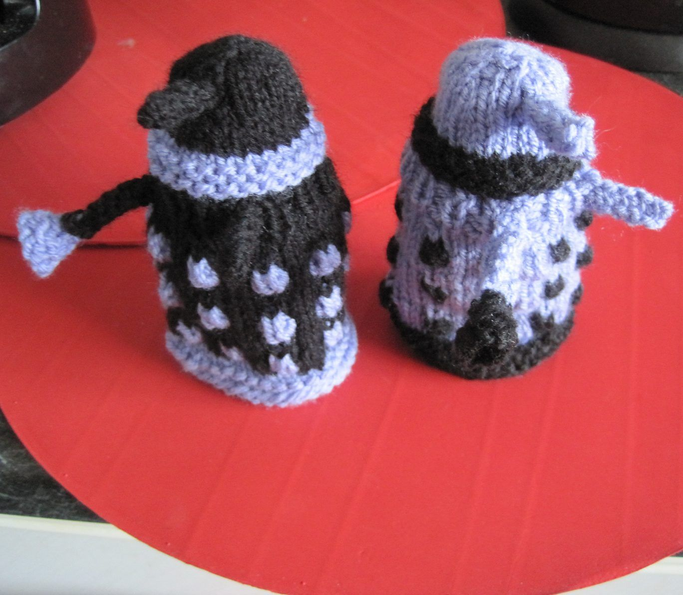 Teeny Toy Knitting Patterns | Dalek, Knitting patterns and Cosy