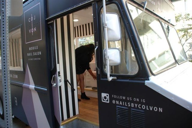 New Mobile Nail Salon Opens In Downtown Los Angeles Mobile Nails Mobile Nail Salon Mobile Beauty Salon