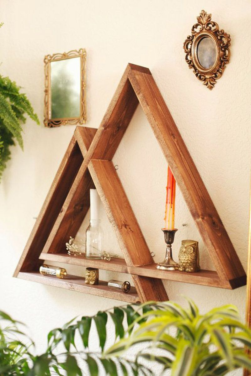 Meuble Triangle Wood Triangle Shelves More Yoga Pinterest Étagère Maison