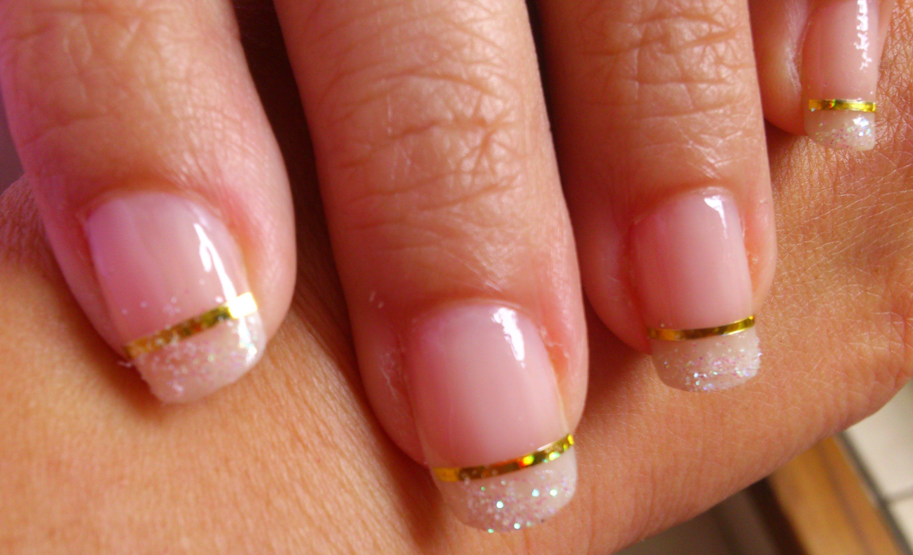 Glitter and Gold | Nails | Pinterest