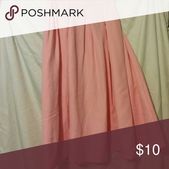 Pink midi skirt In like new condition size 20 Eloquii Skirts