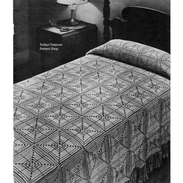 This Crochet Pattern Gives Instructions For A Bedspread Of Large 8