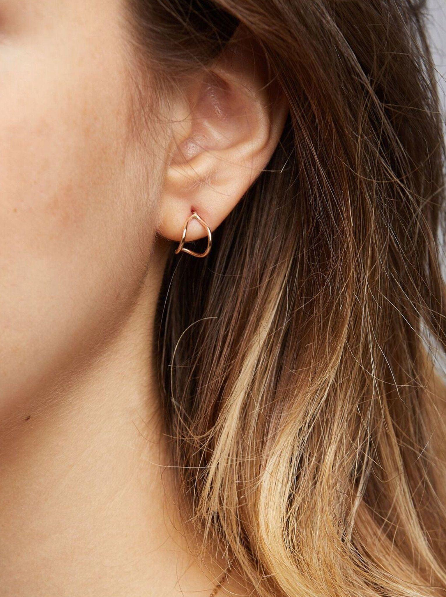 Ear Hugs With Images Hug Earring Hammered Hoop Earrings