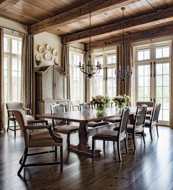 Beautiful Casual Dining Room: Pin By Lisa Biggers On MASION