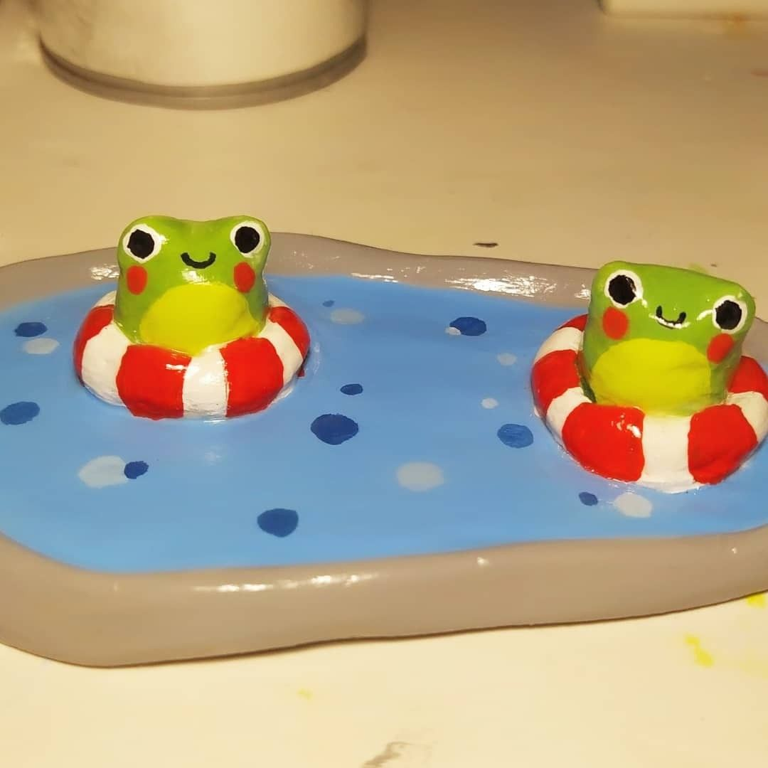 Clay frog pool Made of Air-dry clay