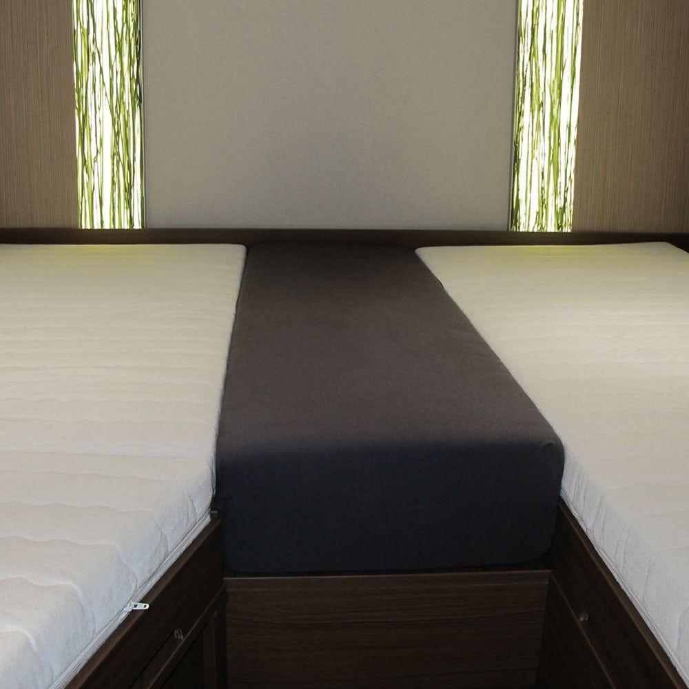bettwarenshop wohnmobil wohnwagen heckbett spannbetttuch set 3 teilig g nstig online kaufen bei. Black Bedroom Furniture Sets. Home Design Ideas