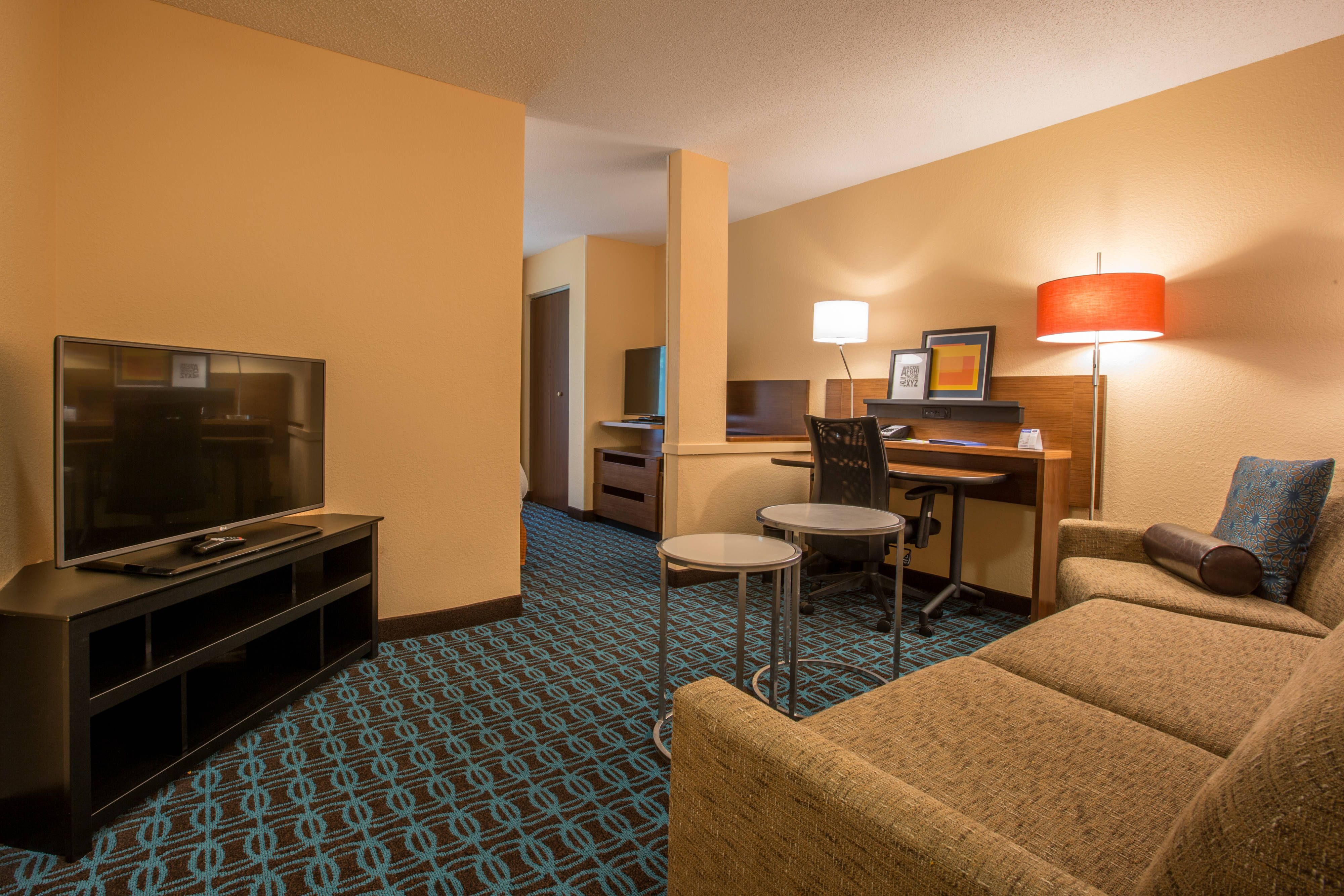 Fairfield Inn With Images Fairfield Inn Inn Suites