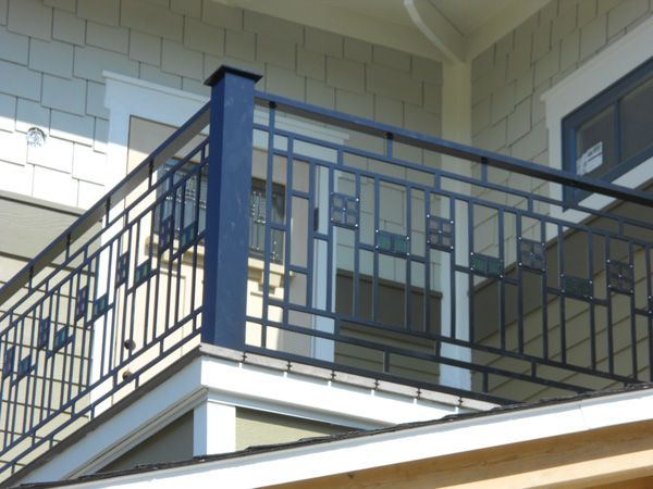Frank Lloyd Wright-style railing   Porch railing designs ...