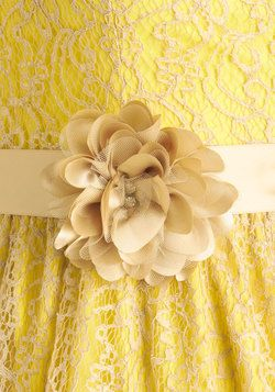 Sweet as Lemon Squares Dress | Love the lave on top of the solid color
