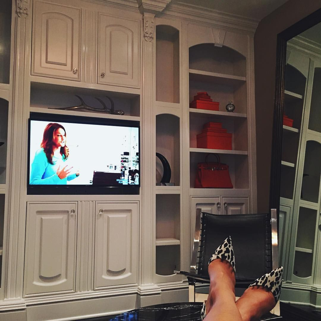 Kyliejenner watching i am cait in my lil master sitting room iuve