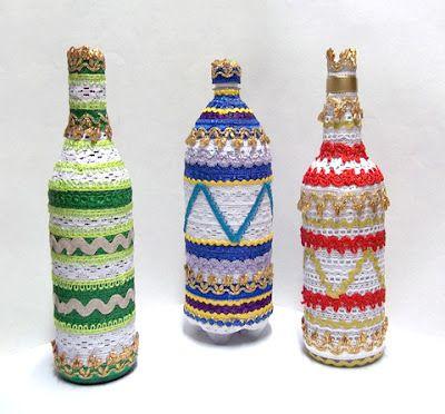 Garrafas na decoração encapadas com sianinhas, que luxo!