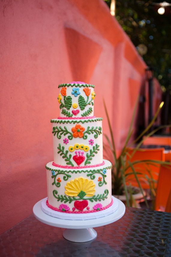 Fiesta Cake Wedding Party Ideas 100 Layer Cake My Weddi