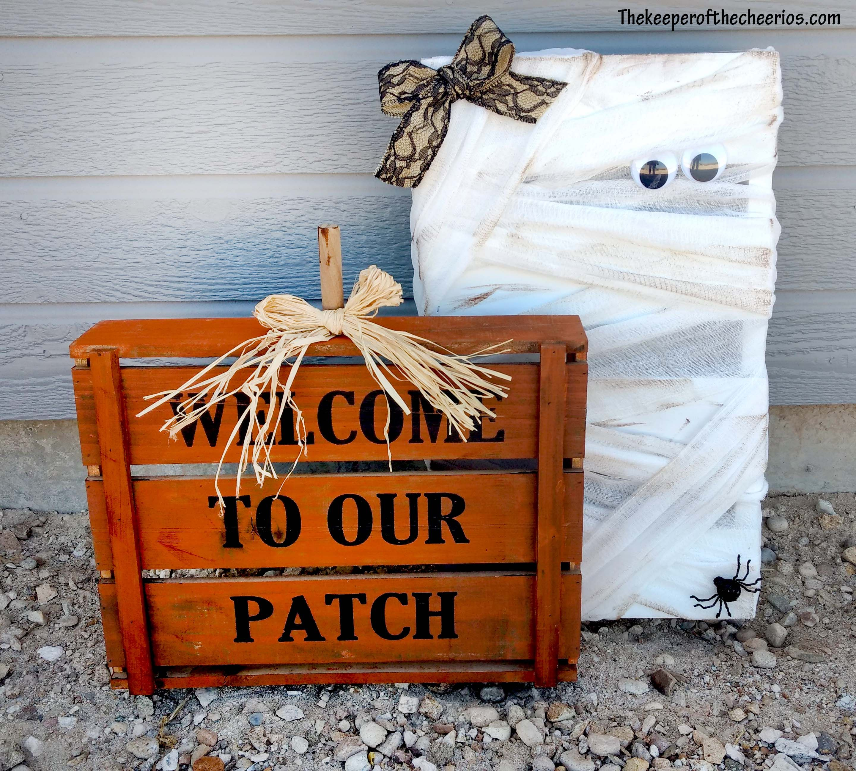 Halloween Pallet/ Crate Friends The Keeper of the Cheerios Crafts - Halloween Decoration Ideas Pinterest