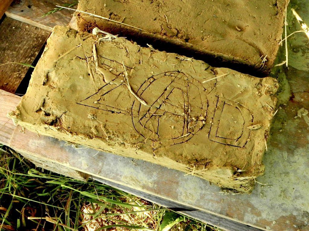 Diapo fabrication de brique d'adobe