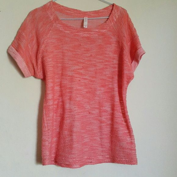 Pink/peach top Beautiful color. Worn gently few times. Condition good Xhilaration Tops Tees - Short Sleeve