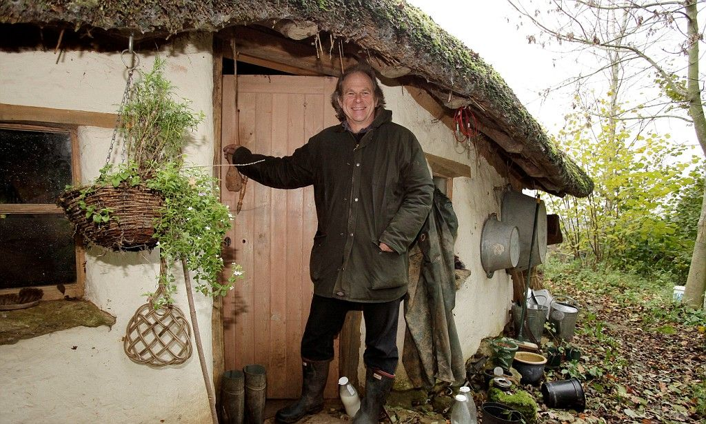 How To Build A Hobbit House Step By Guide The 150 Cottage Built Only From Natural And Reclaimed Materials