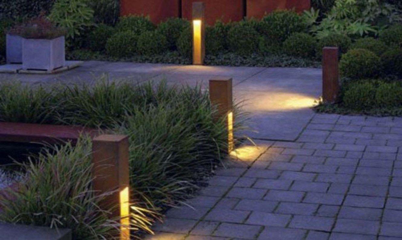42 Front Yard Exterior Design With Beautiful Garden Lights Matchness Com Modern Garden Lighting Garden Path Lighting Solar Lights Garden