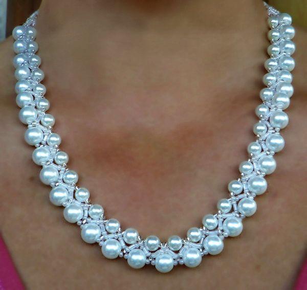 Kostenlose Muster für weiße Perlenkette Calla