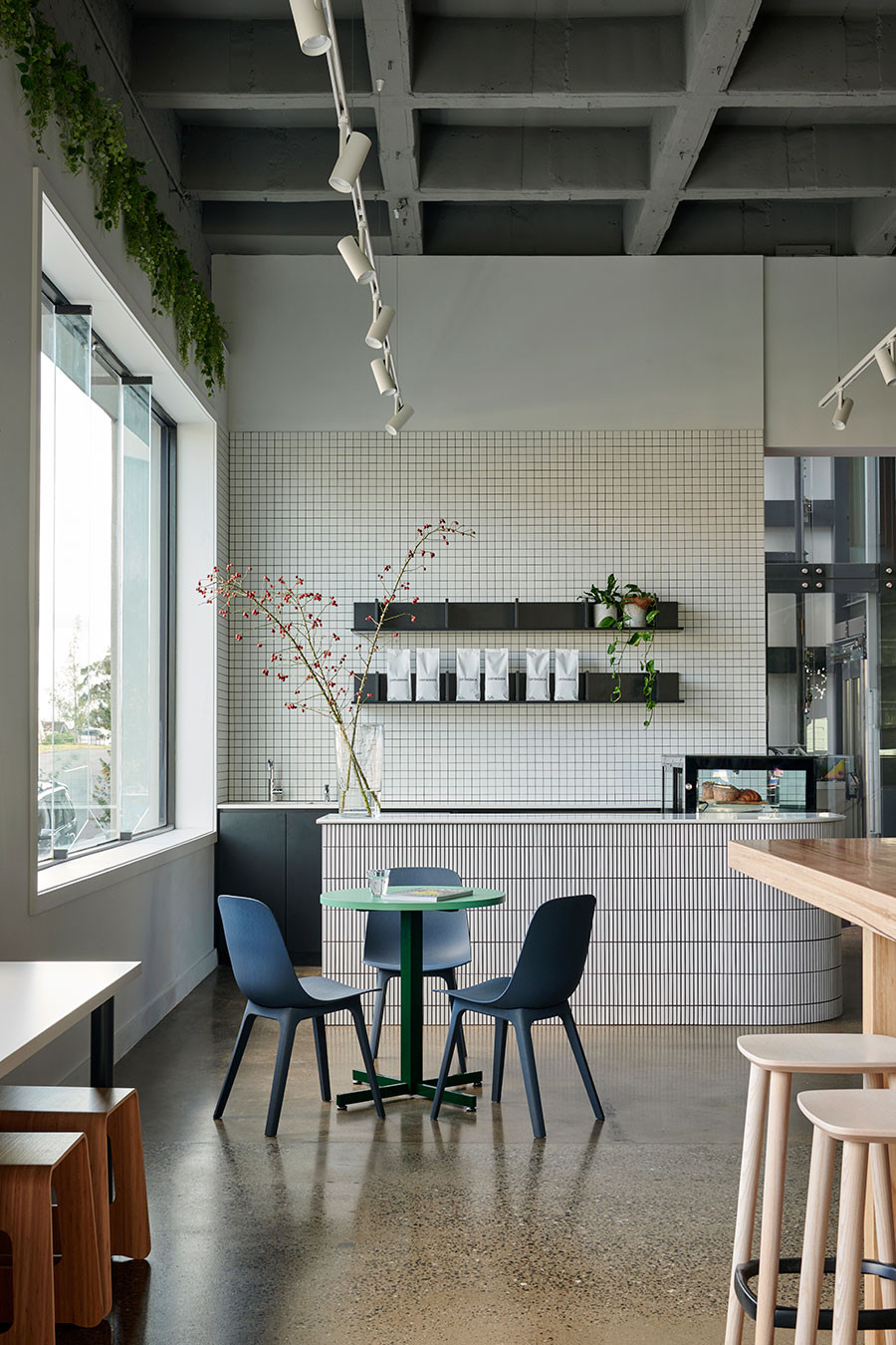 50 Stunning Interior Design Ideas That Will Take Your House To Another Level: Coworking Space, Community Housing, Cafe Interior