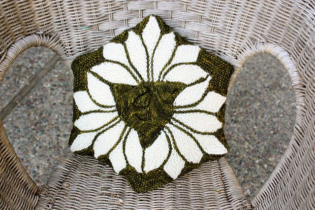 Ravelry: Project Gallery for Hexagon Lotus Flower pattern by Svetlana Gordon