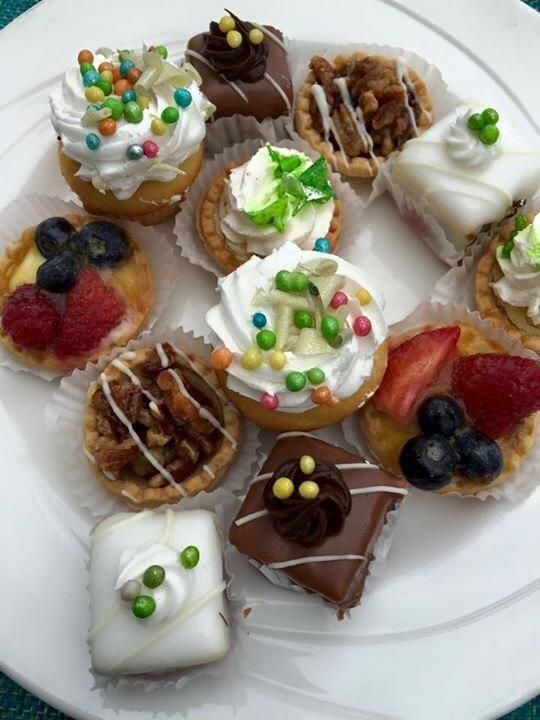 That was an epic #dessert sampler platter #Miami #foodporn #delicious #delish http://amplificationinc.com/