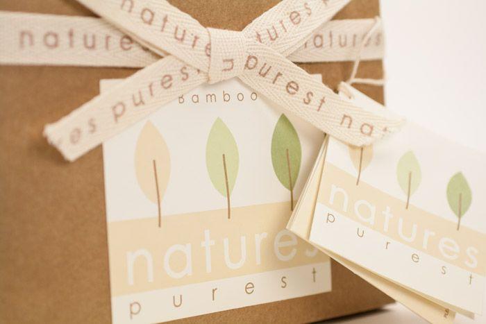 Willkommen Kuscheldecke von Natures Purest. Fühlt sich so weich an! - http://www.echtkind.de/themenwelten/baby-geschenke-zur-geburt/geschenkset-willkommen-kuscheldecke-mit-glueckwunschkarte-natures-purest.html
