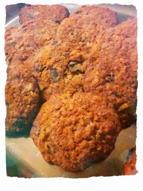 chocolate chip-oat cookies