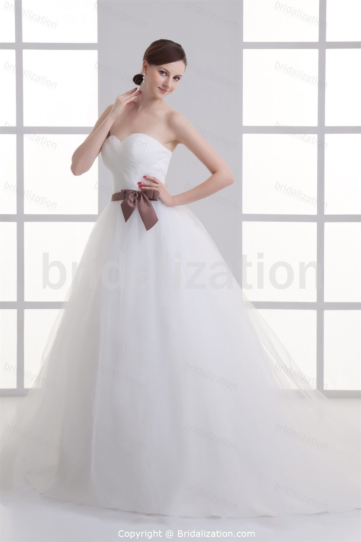 Wedding dress with bow on back  Wonderful Bow Princess Summer Sweetheart Court Train Little White