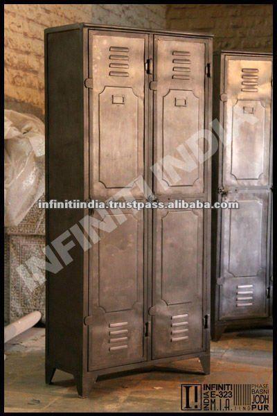 Vinatge guardaroba di metallo industriale, arredamento