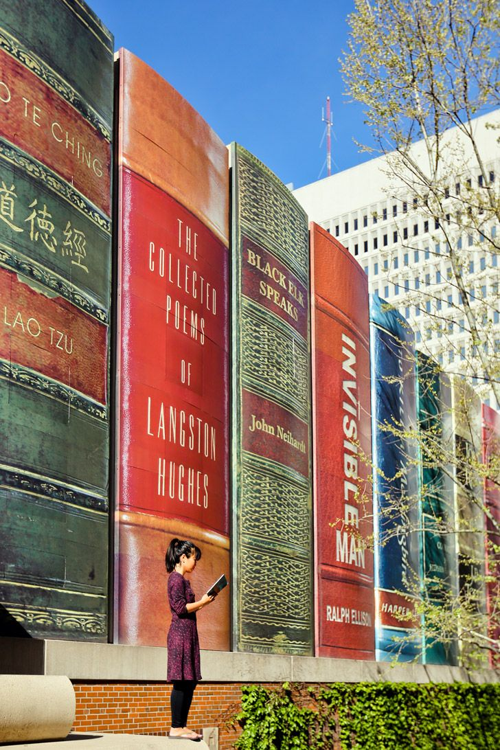 Library In Kansas City Made Out Of Books