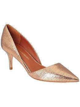 caaa33ed488 Gorgeous mid-heel pump from  RebeccaMinkoff in a soft rose gold metallic