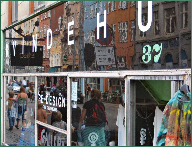 Kvindehuset Reflections - Copenhagen, Kobenhavn