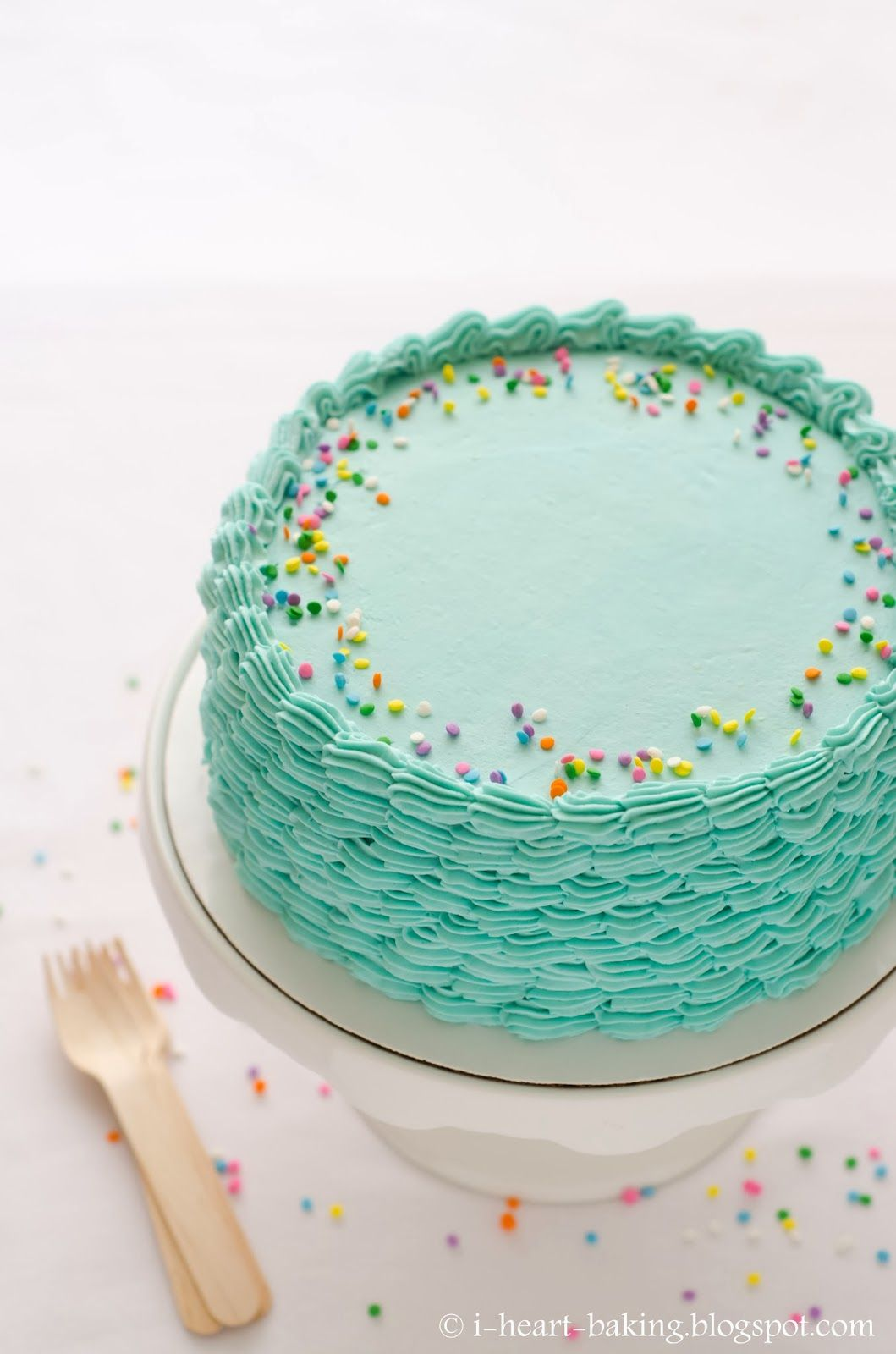 I Heart Baking Blue Funfetti Birthday Cake With Piped Shell Sides