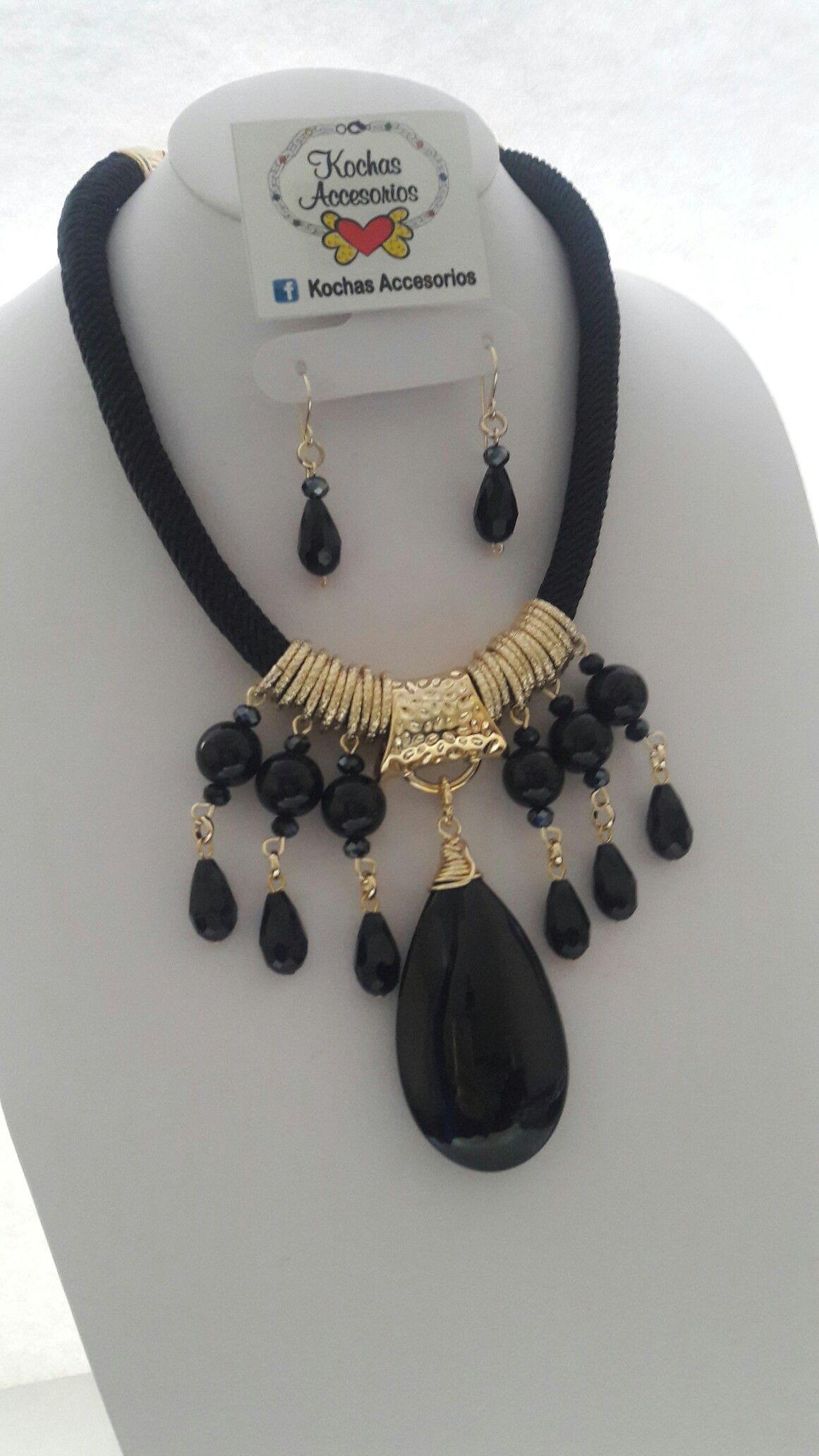 90b87617ca3d Black necklace. Encuentra este Pin y muchos más en bisuteria fina