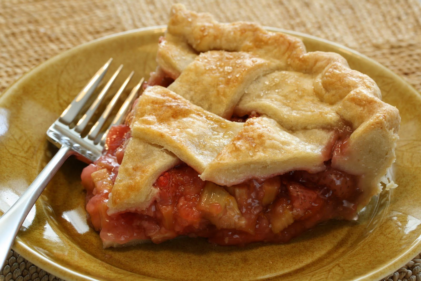 Pie No. 21 - Strawberry Rhubarb Pie - Saving Room for Dessert